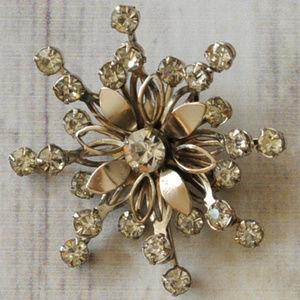 vintage silver rhinestone star flower brooch pin